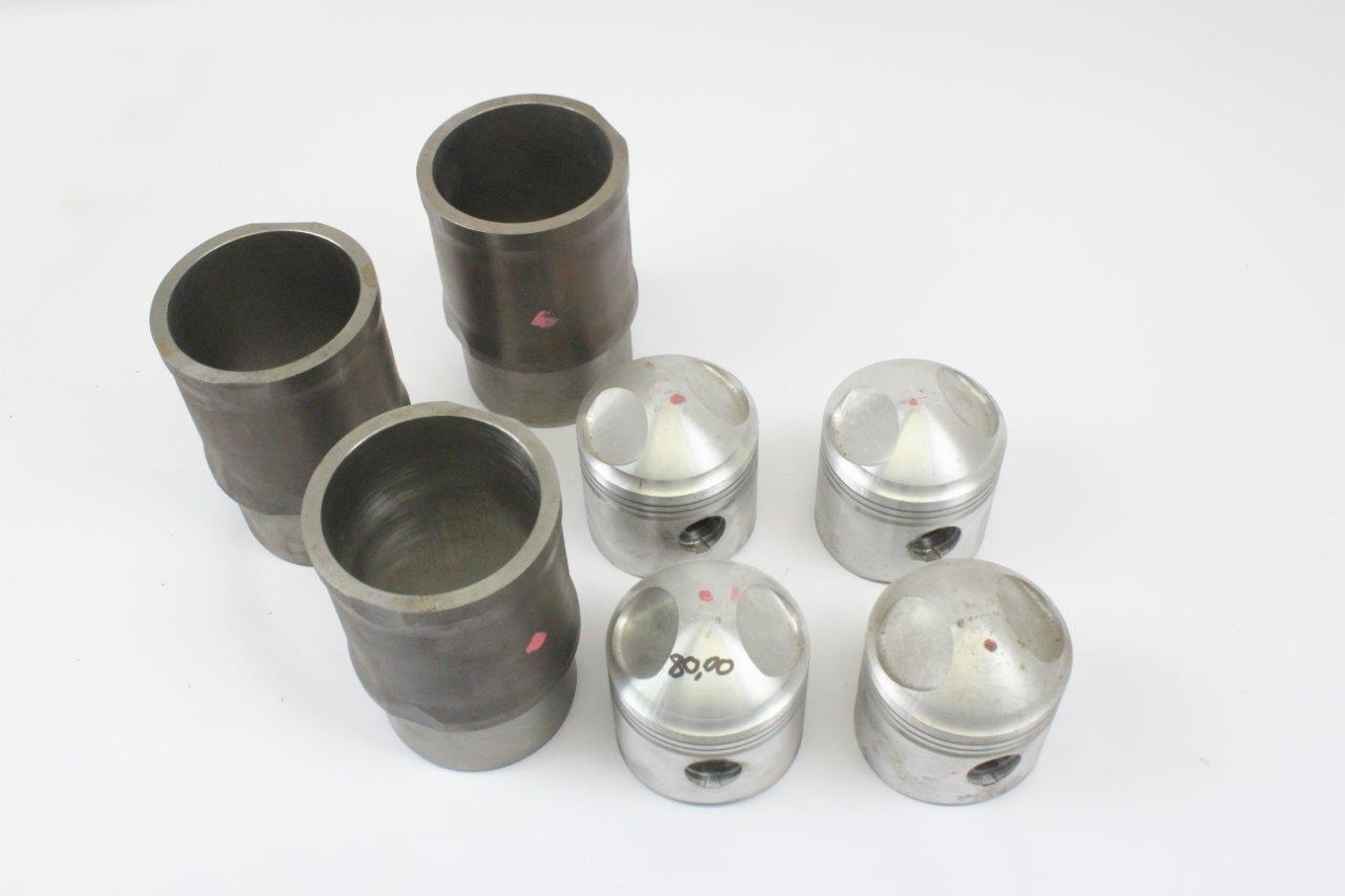 engine pistons and liners