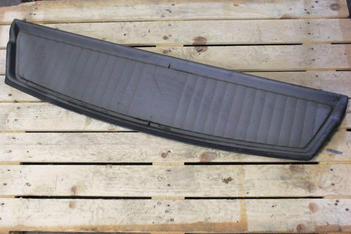 rear trunk shelf